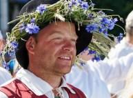 traditional Estonian headwear